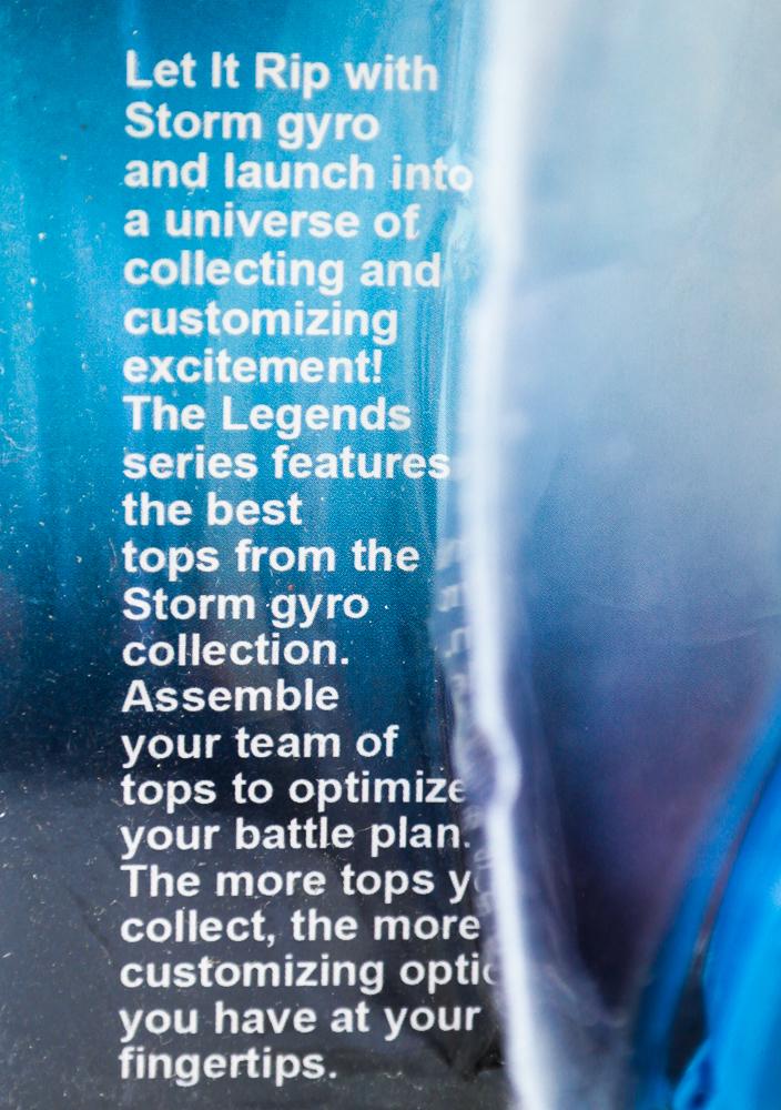 Regulile jocului cu titirezul Beyblade Battle Series asa cum apar ele prezentate pe ambalaj